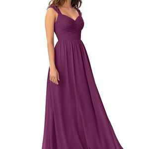 STUNNING Deep purple formal dress